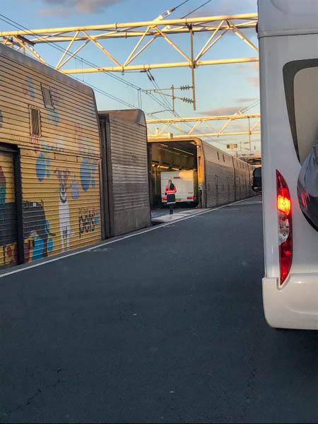 Zug Eurotunnel Einfahrt